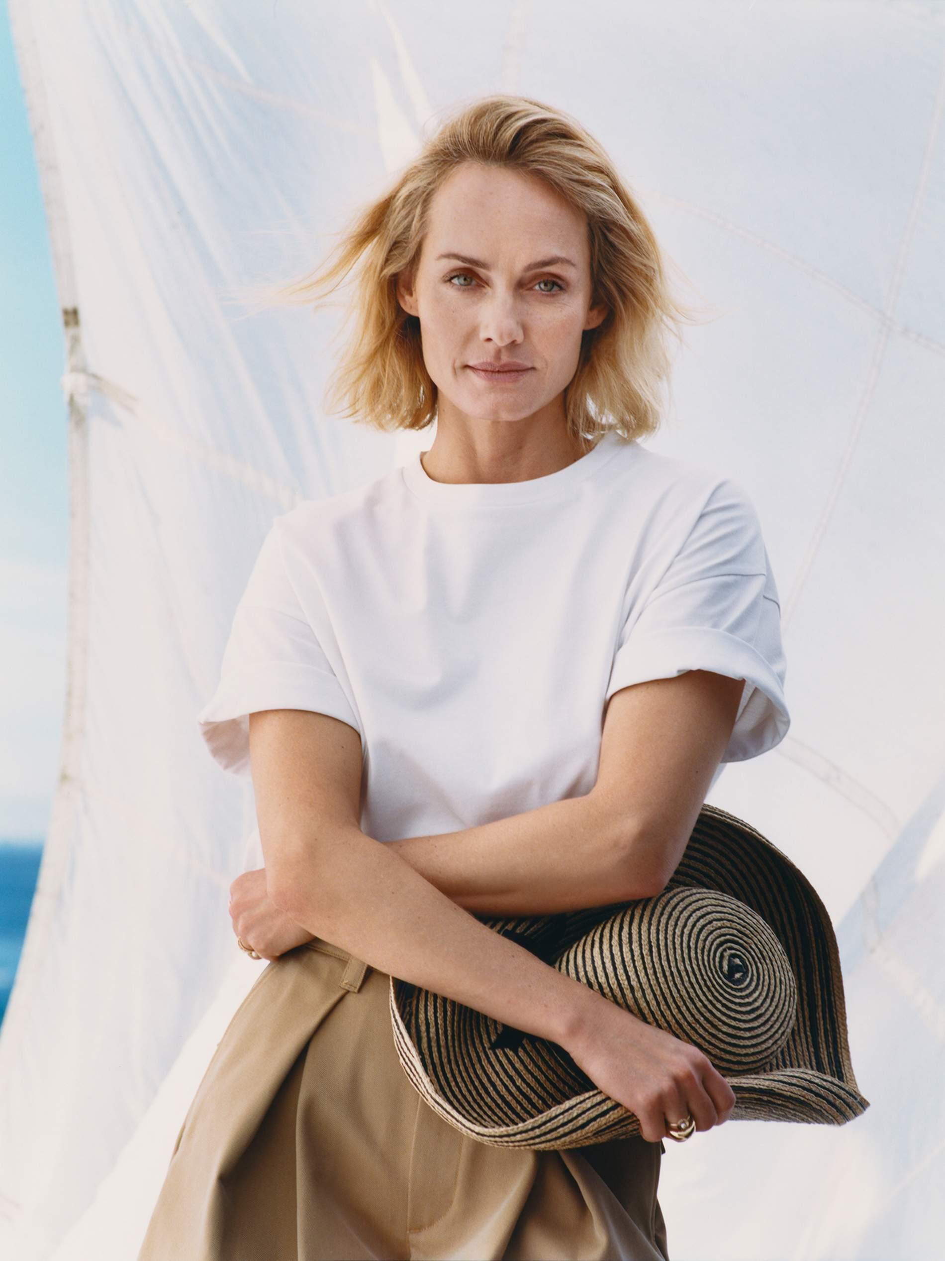 Amber Valletta Talks Activism The Climate Crisis Fashion Porter