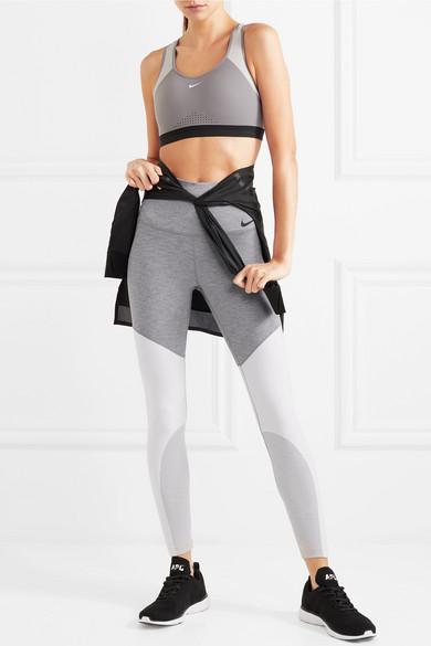 Nike Power Leggings aus Dri-FIT-Stretch-Material