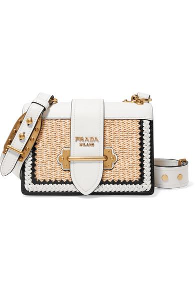 Prada Cahier Schultertasche aus Leder und Raffiabast mit Überwendlichstichdetails
