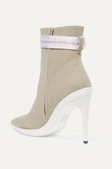 Off-White For Walking Ankle Boots aus Canvas mit Schnalle
