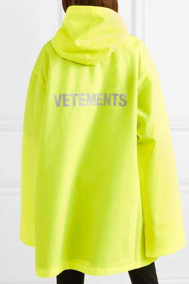 Vetements Bedruckte neongelbe Regenjacke aus beschichtetem Shell mit Kapuze Große Überraschung Online 5bvj761FD