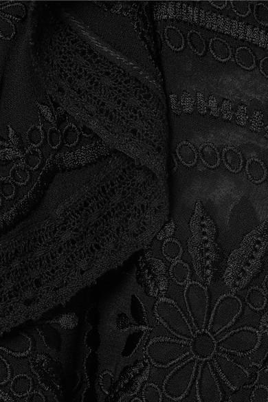 Needle & Thread Minikleid aus Georgette mit Lochstickerei und Volants in Wickeloptik