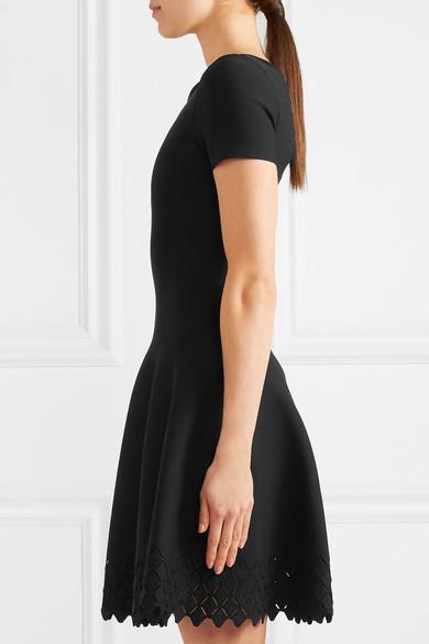 Alaïa Strickkleid in Minilänge mit lasergeschnittenen Details