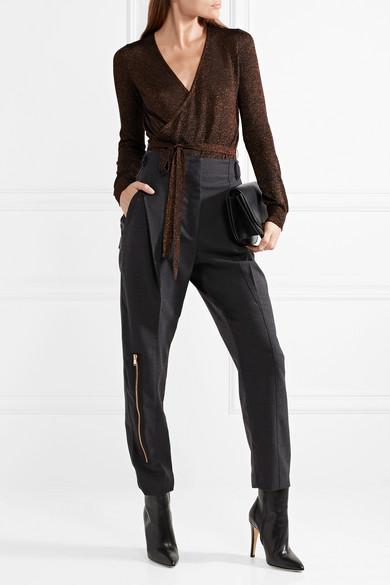 Tuxe Bodywear Game Changer Body aus Stretch-Strick mit Wickeleffekt und Glitter-Finish