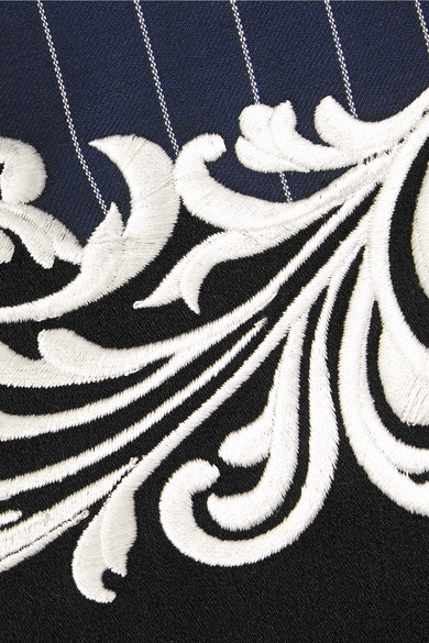 Versace Besticktes Minikleid aus Wolle mit Nadelstreifen und Satinbesatz Rabatt Klassisch uNAKW