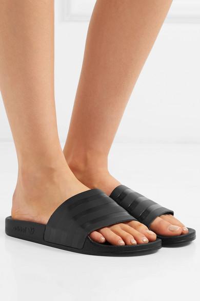 adidas Originals | Claquettes en cuir à rayures Adilette