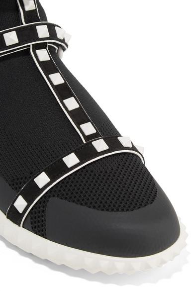 Valentino Rockstud Bodytech Sneakers aus Stretch-Strick mit Velourslederbesatz