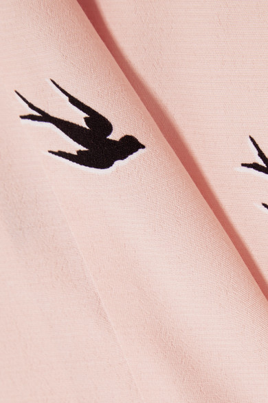 McQ Alexander McQueen Schulterfreies Oberteil aus bedrucktem Crêpe de Chine