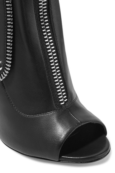 Giuseppe Zanotti Kendra Ankle Boots aus Leder mit Schnalle