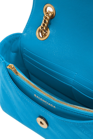Balenciaga Schultertasche aus glänzendem Jacquard