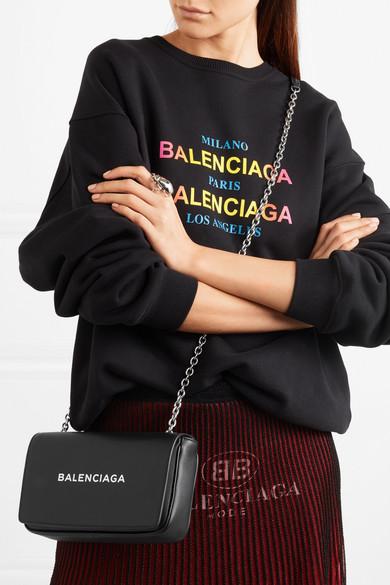 Balenciaga Everyday bedruckte Schultertasche aus Leder