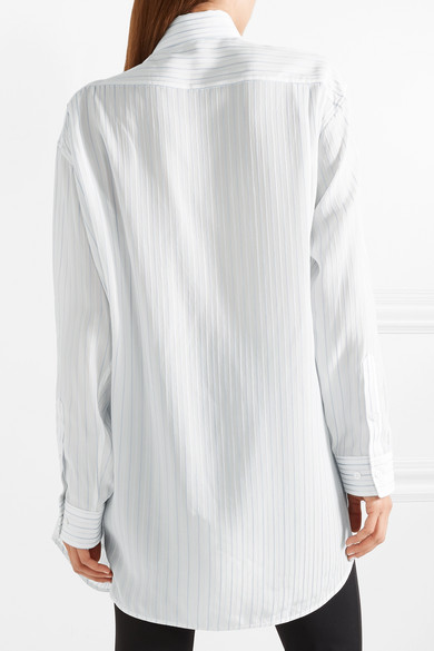 Balenciaga Asymmetrisches Oversized-Hemd aus Georgette mit Streifen