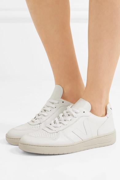 9911e8c8a0e6de Veja. V-10 leather sneakers