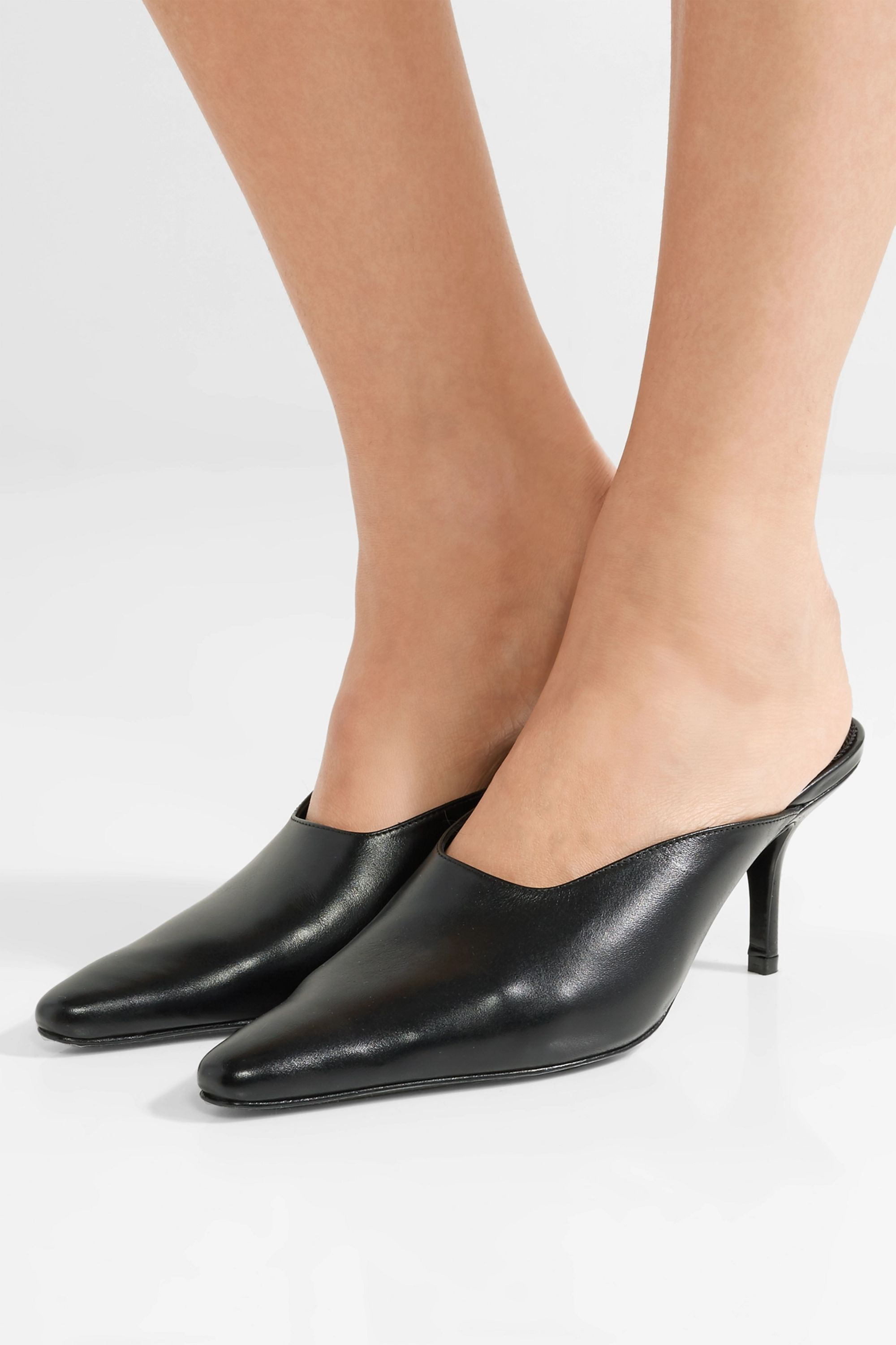 DORATEYMUR Groupie textured-leather mules