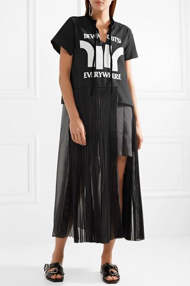 Sacai Mehrlagiges Kleid aus bedrucktem Jersey, Chiffon und Satin