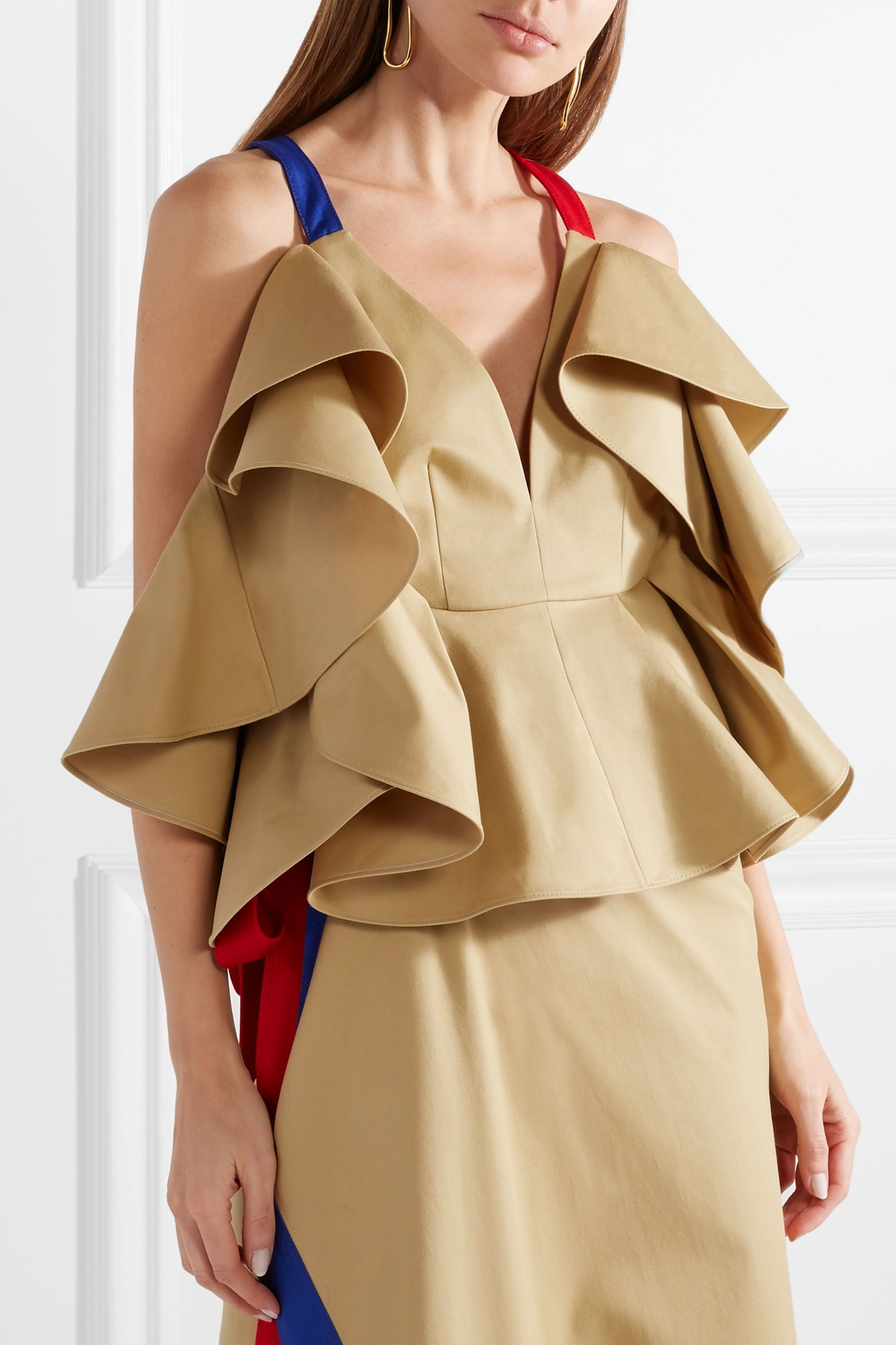 Rosie Assoulin Cold-shoulder ruffled cotton-twill blouse