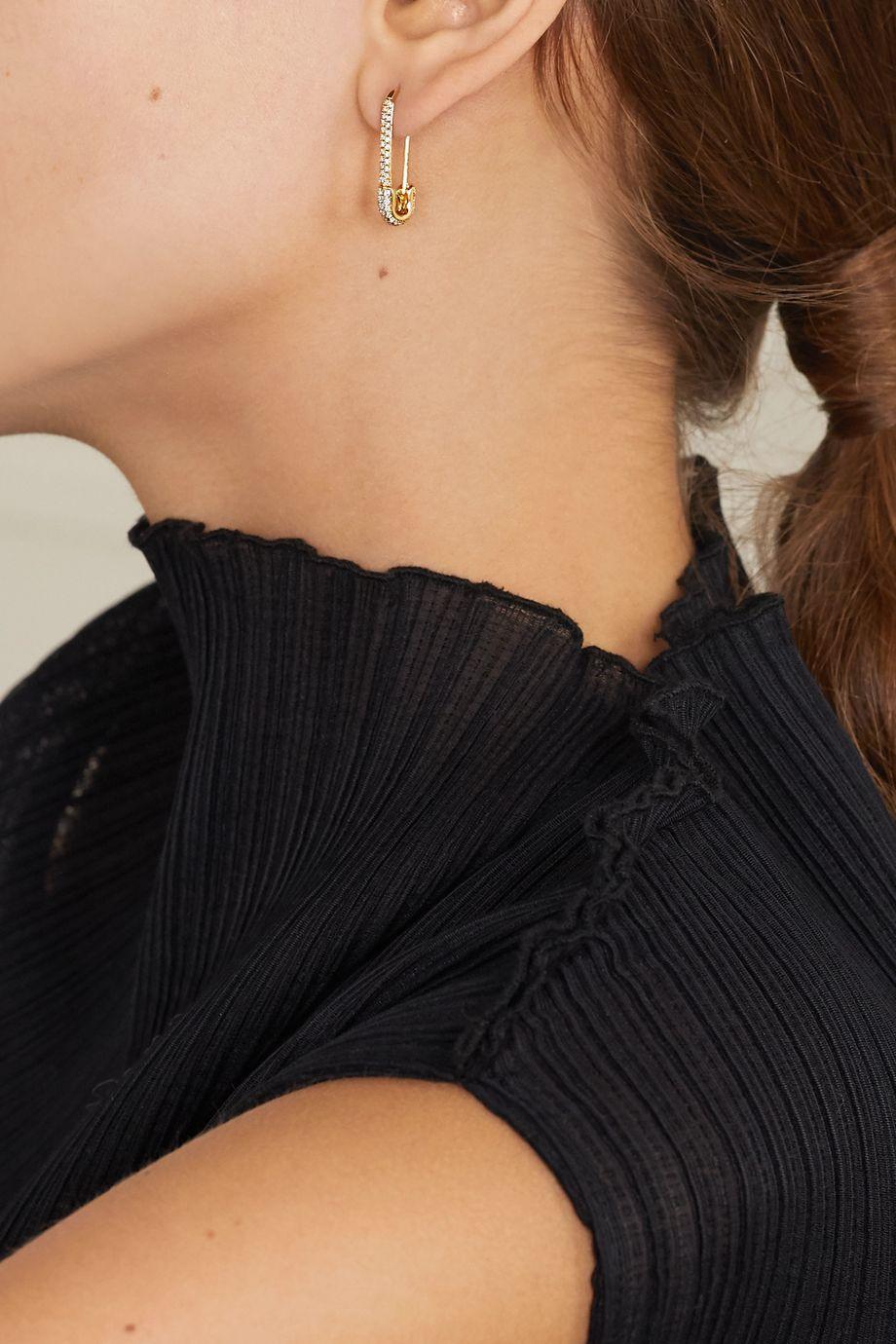 Anita Ko Safety Pin Ohrring aus 18 Karat Gold mit Diamanten