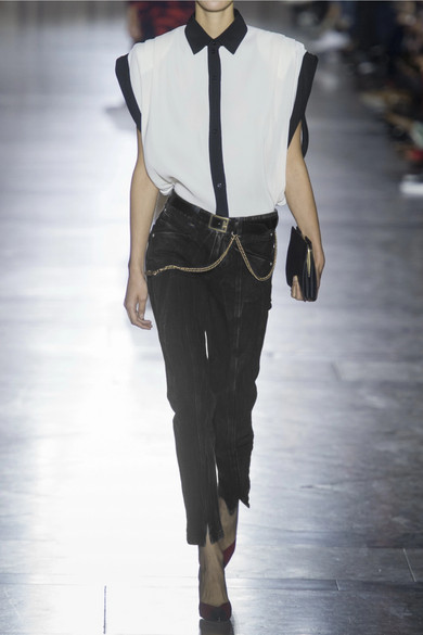Givenchy Hoch sitzende Jeans mit schmalem Bein in Distressed-Optik