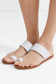 Minimalist leather sandals