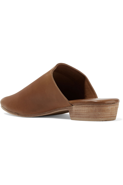 ST. AGNI Paris leather slippers