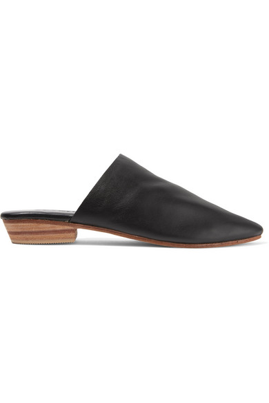 ST. AGNI Paris Leather Slippers in Black