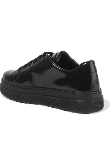 Prada | Plateau-Sneakers Plateau-Sneakers Plateau-Sneakers aus Glanzleder 6ed832
