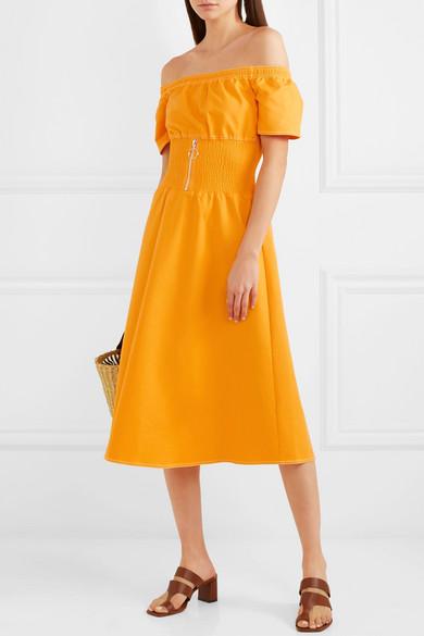 露肩平行绉缝棉质混纺连衣裙展示图