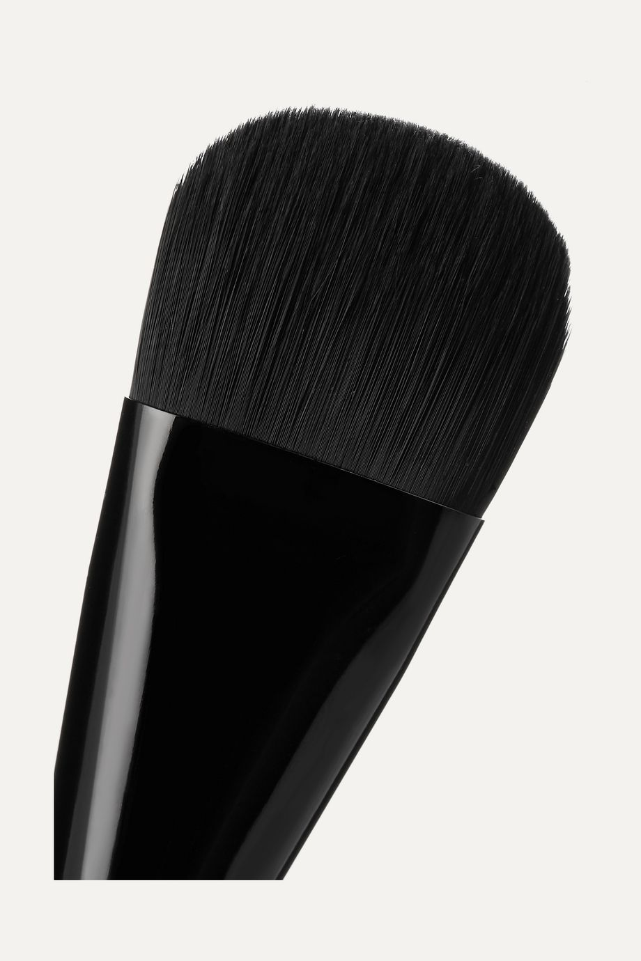 Marc Jacobs Beauty The Seamless Liquid Foundation Brush