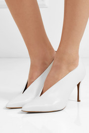 Strike leather pumps