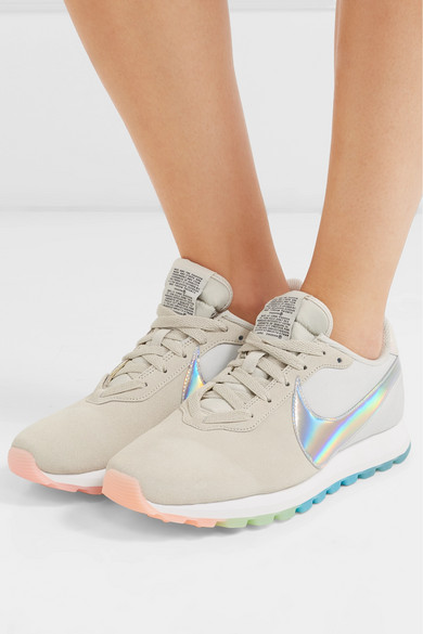 6529936f1832bb Nike. Pre-Love O.X. ...
