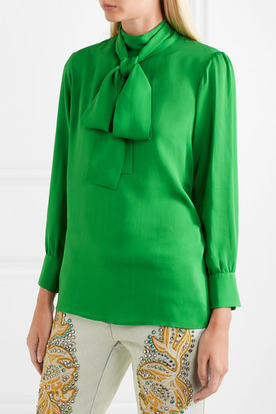 447c73e28 Gucci | Pussy-bow silk-georgette blouse | NET-A-PORTER.COM