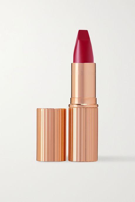 Red Matte Revolution Lipstick - The Queen   Charlotte Tilbury hePLys