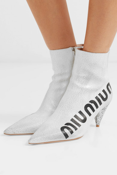 Miu Miu | Craquelé-Leder Ankle Boots aus glänzendem Craquelé-Leder | mit Logoprint 21a9da
