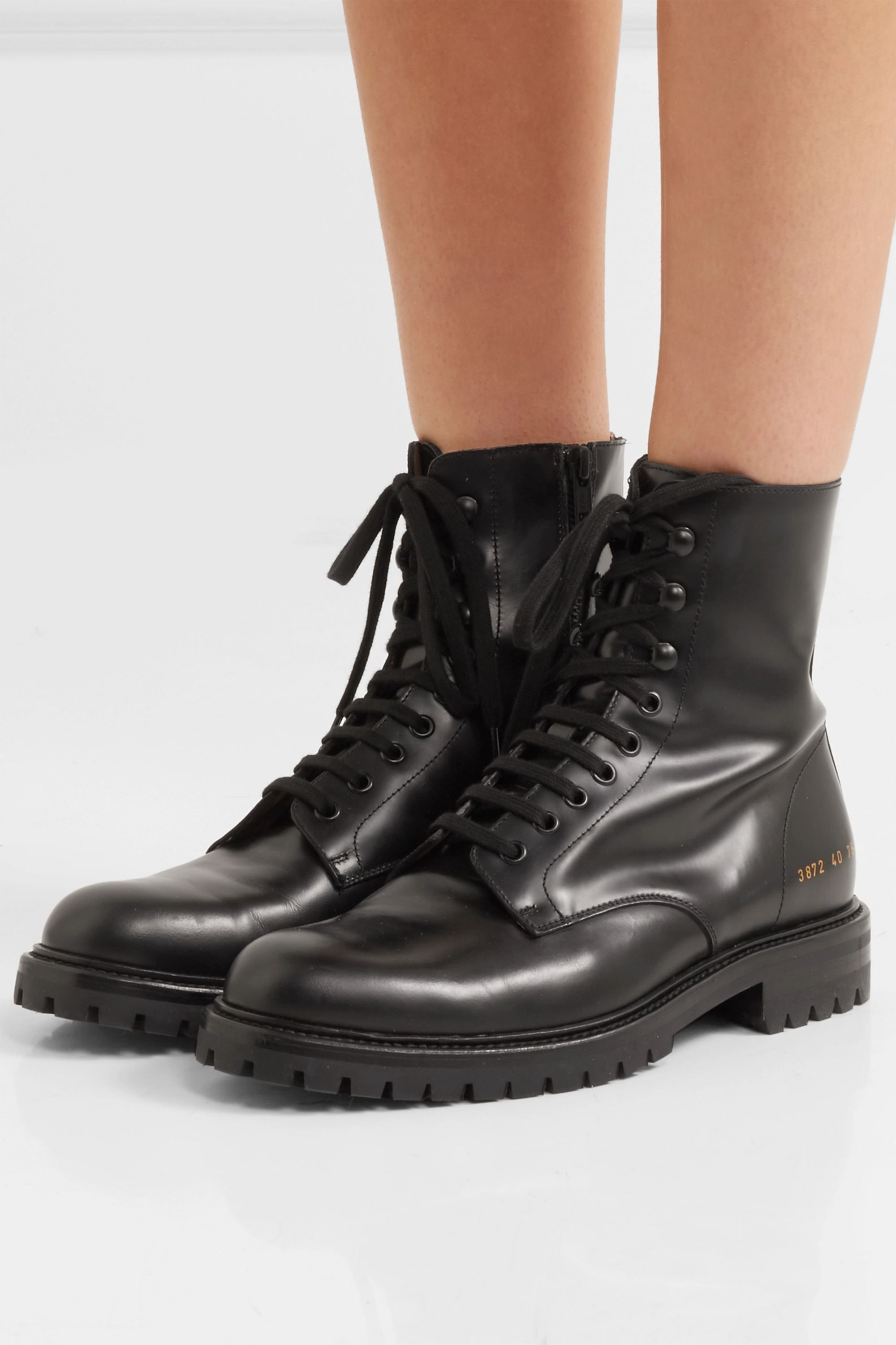 Common Projects Combat Ankle Boots aus Leder