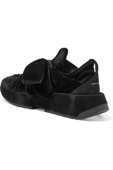 MM6 Maison Margiela mit | Sneakers aus Samt mit Margiela Velourslederbesatz d793dc