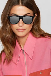 Striped D-frame acetate sunglasses