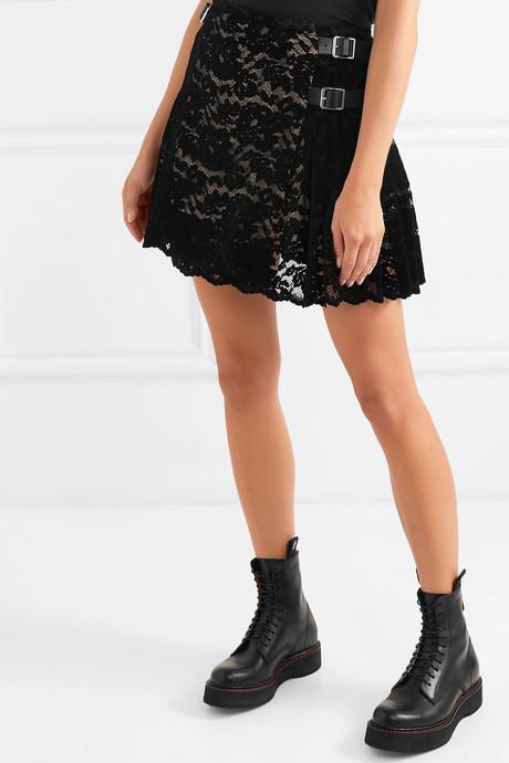 Pleated flocked lace mini skirt