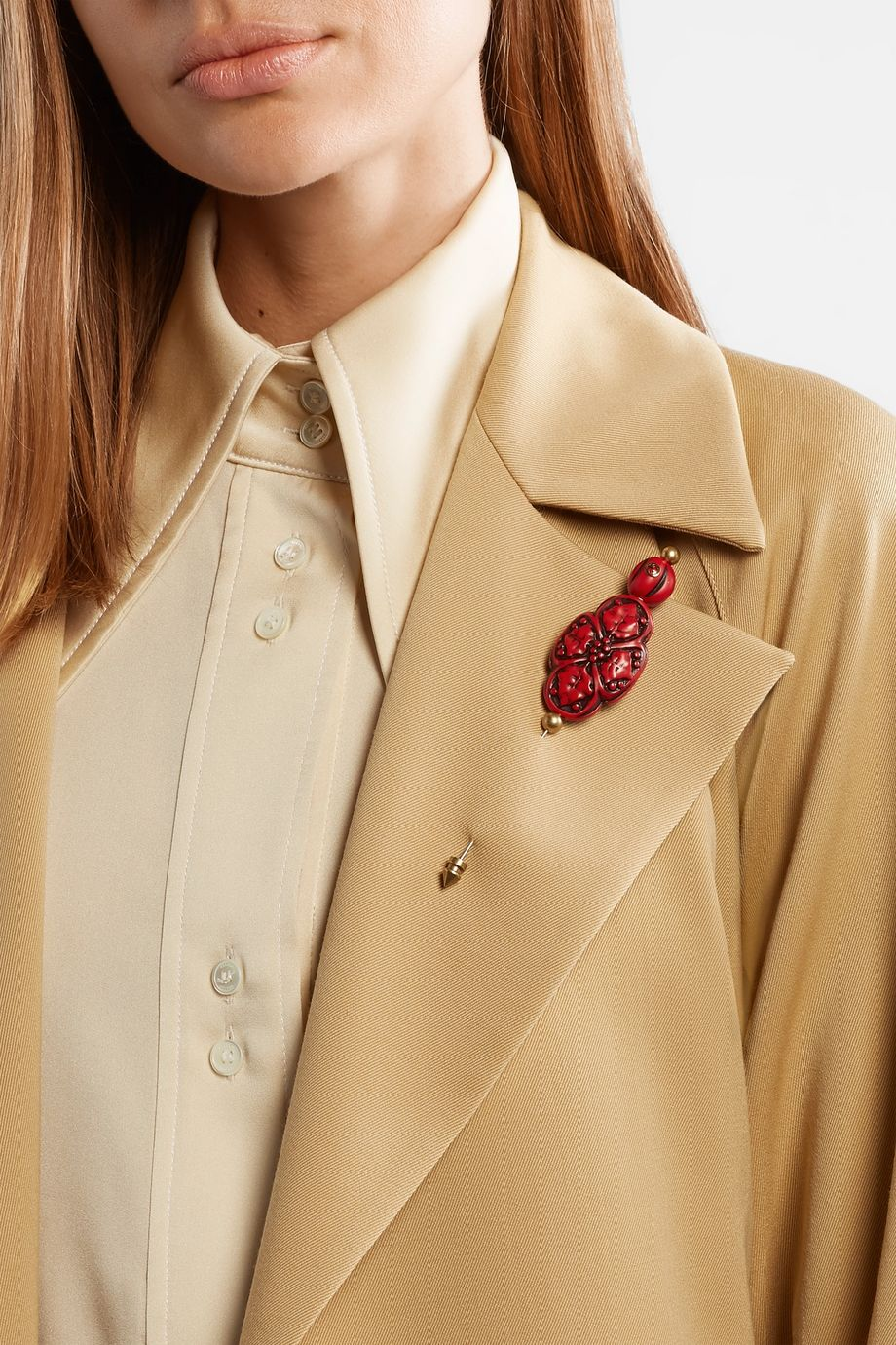 Gucci Gold-plated resin brooch
