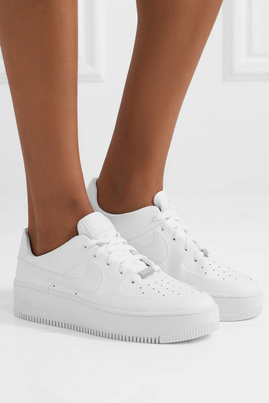 meilleur site web 7ebd4 6a706 Nike | Nike Air Force 1 Sage textured-leather sneakers | NET ...