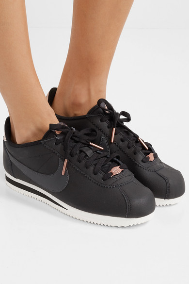 sale retailer a2983 e450e Classic Cortez textured-leather sneakers