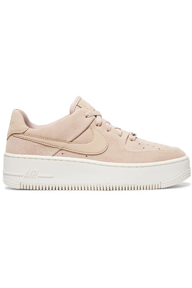 revendeur c61ca 2a7ee Baskets en daim Nike Air Force 1
