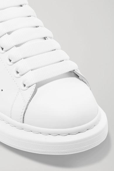 Alexander McQueen | und Sneakers aus Leder mit Velourslederbesatz und | überstehender Sohle 8de7af