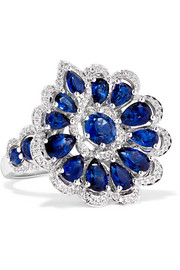 18-karat white gold, sapphire and diamond ring