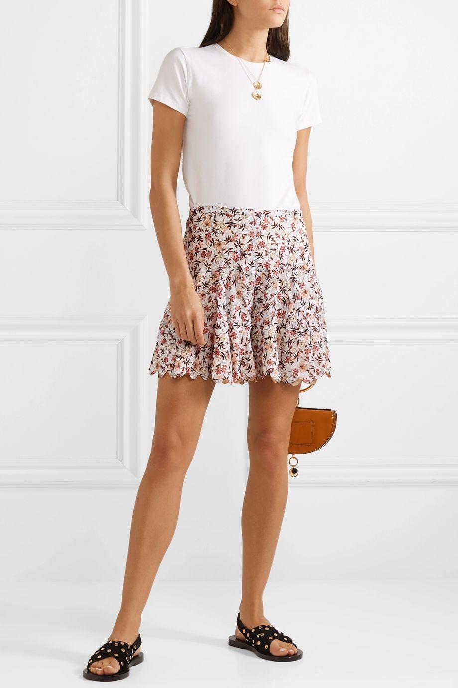 Chloé Shorts aus Georgette mit Blumenprint und Wellenkante