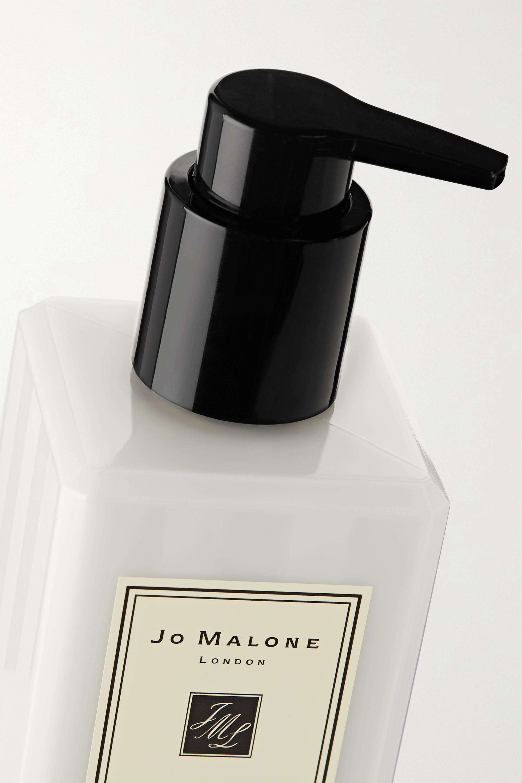 Jo Malone London Blackberry & Bay Body & Hand Lotion, 250ml