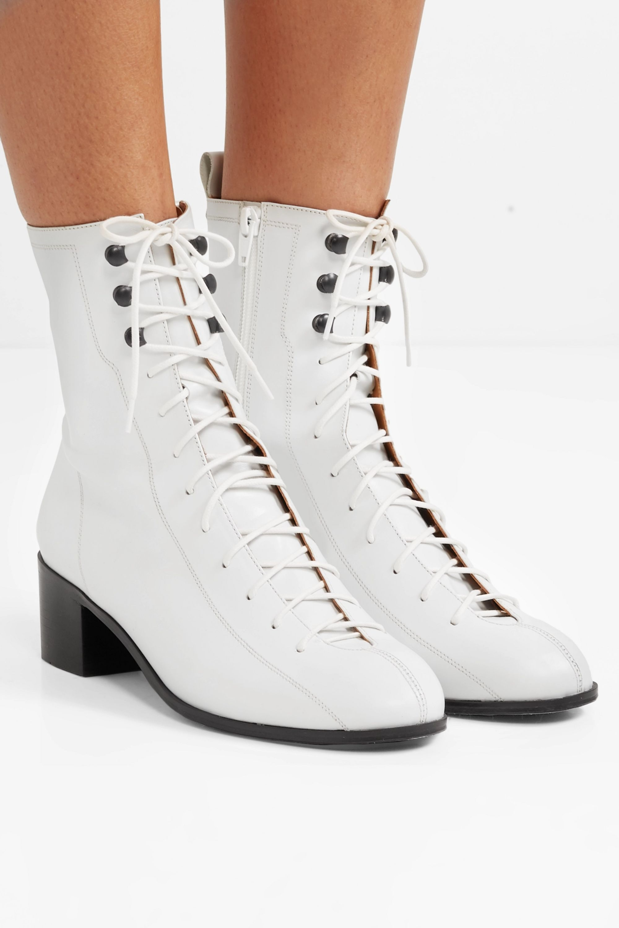 White Bota lace-up leather ankle boots