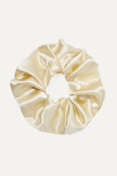 SOPHIE BUHAI Elegant Silk-Satin Hair Tie in Cream