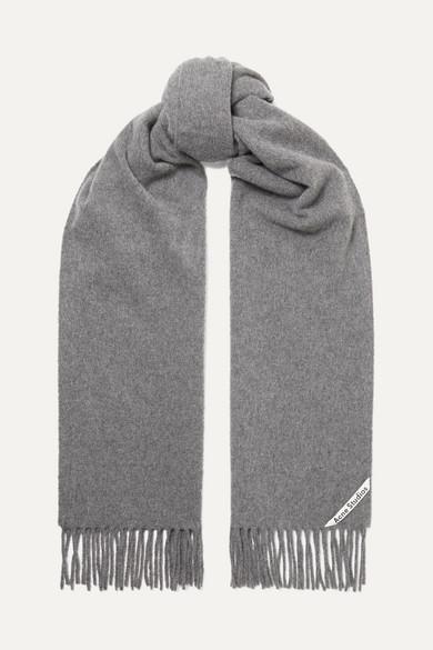 Canada Fringed Wool Scarf in Grey