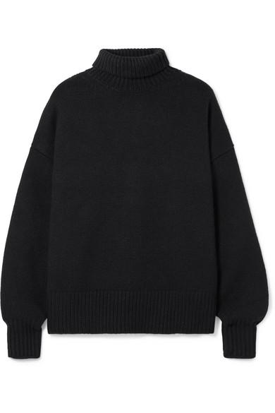 Pheliana Oversized Cashmere Turtleneck Sweater in Black