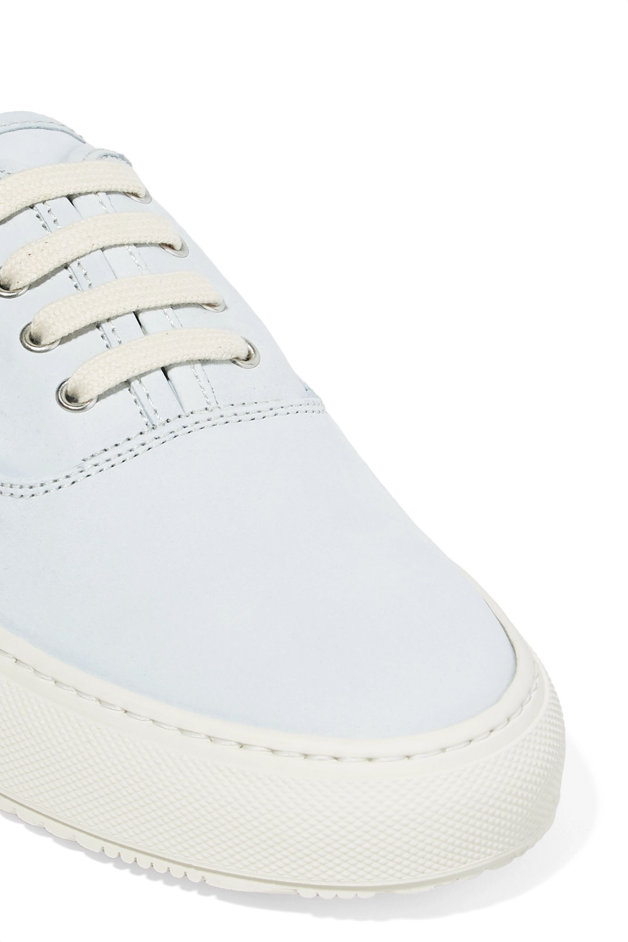 Common Projects Four Hole Sneakers aus Nubukleder